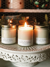 Load image into Gallery viewer, Beverly & 3rd Candle Co Harvest Spice 9 oz Soy Candle