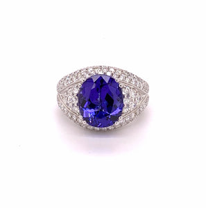 18K White Gold Oval Tanzanite & Diamond Ring