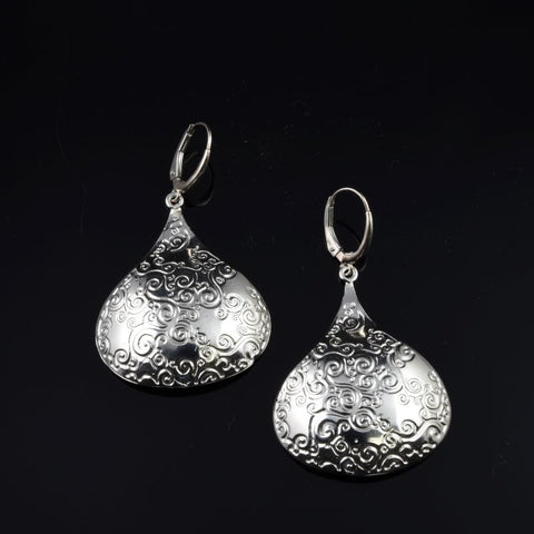 KISS Earrings E231