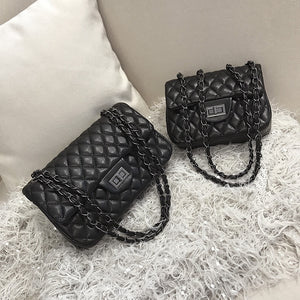 Women's bag  new retro fashion rhombus