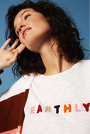 T-SHIRT EARTHLY