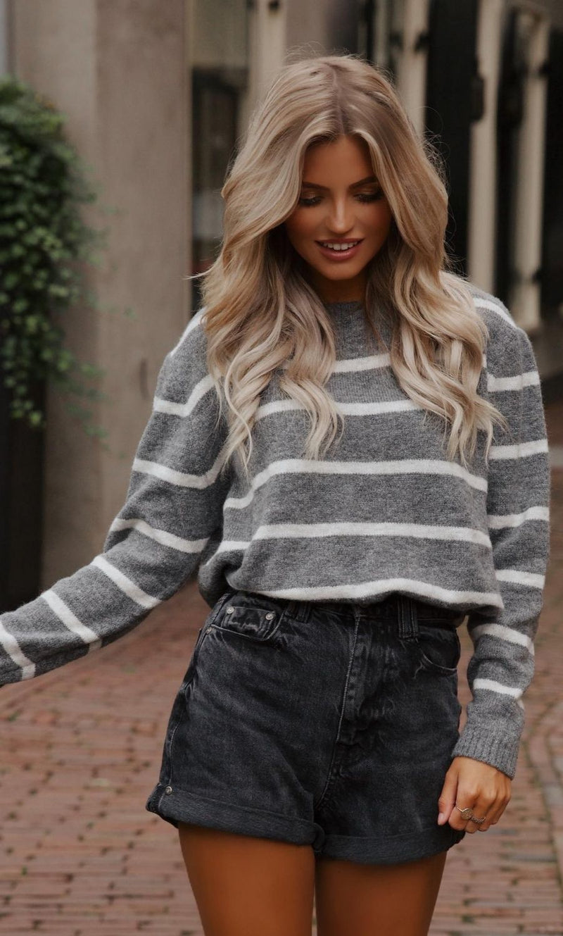 Olivia Sweater Grey-White Striped
