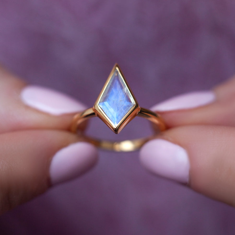 Glenn Moonstone Kite Ring