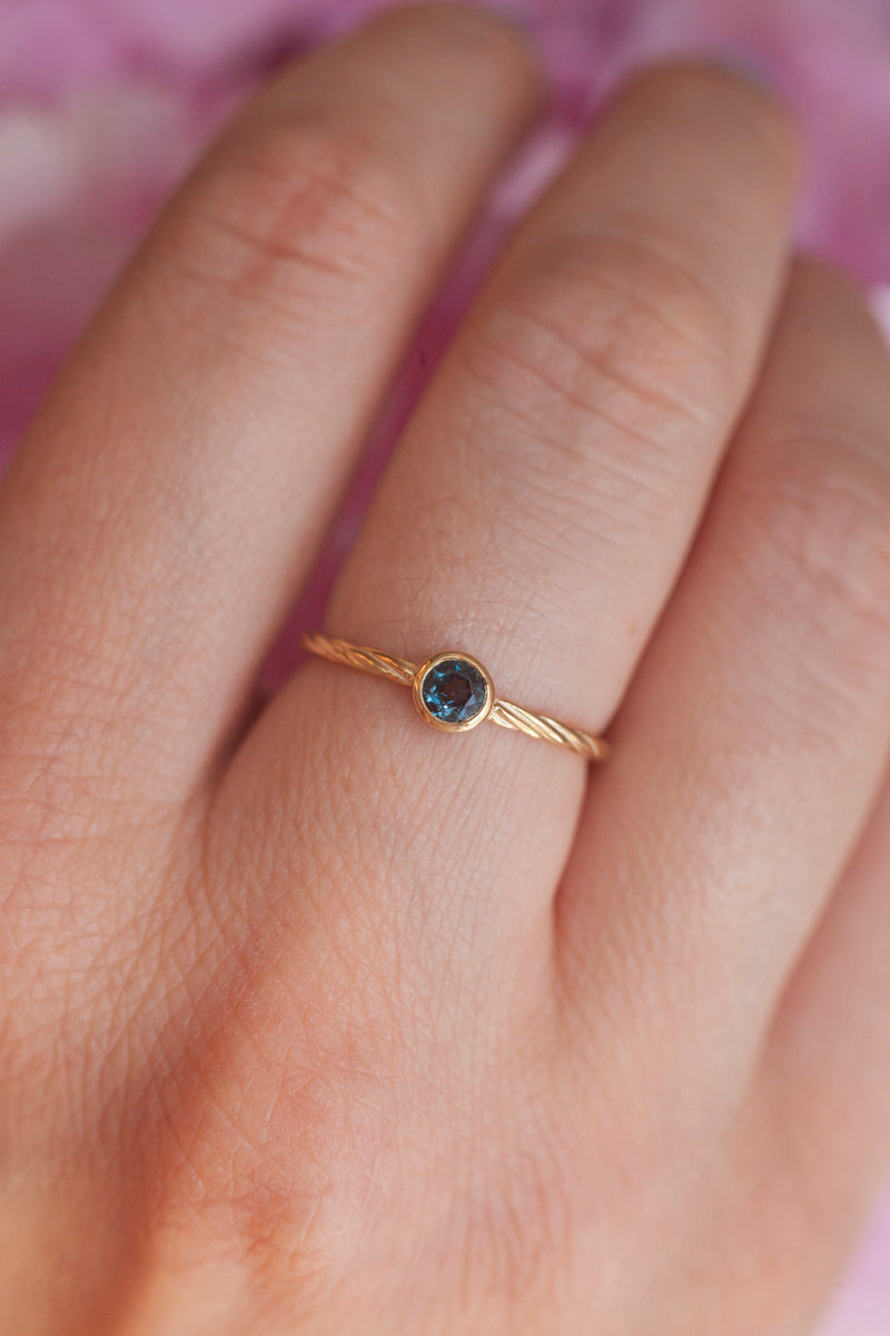 Rope Ring with Solitaire London Blue Topaz