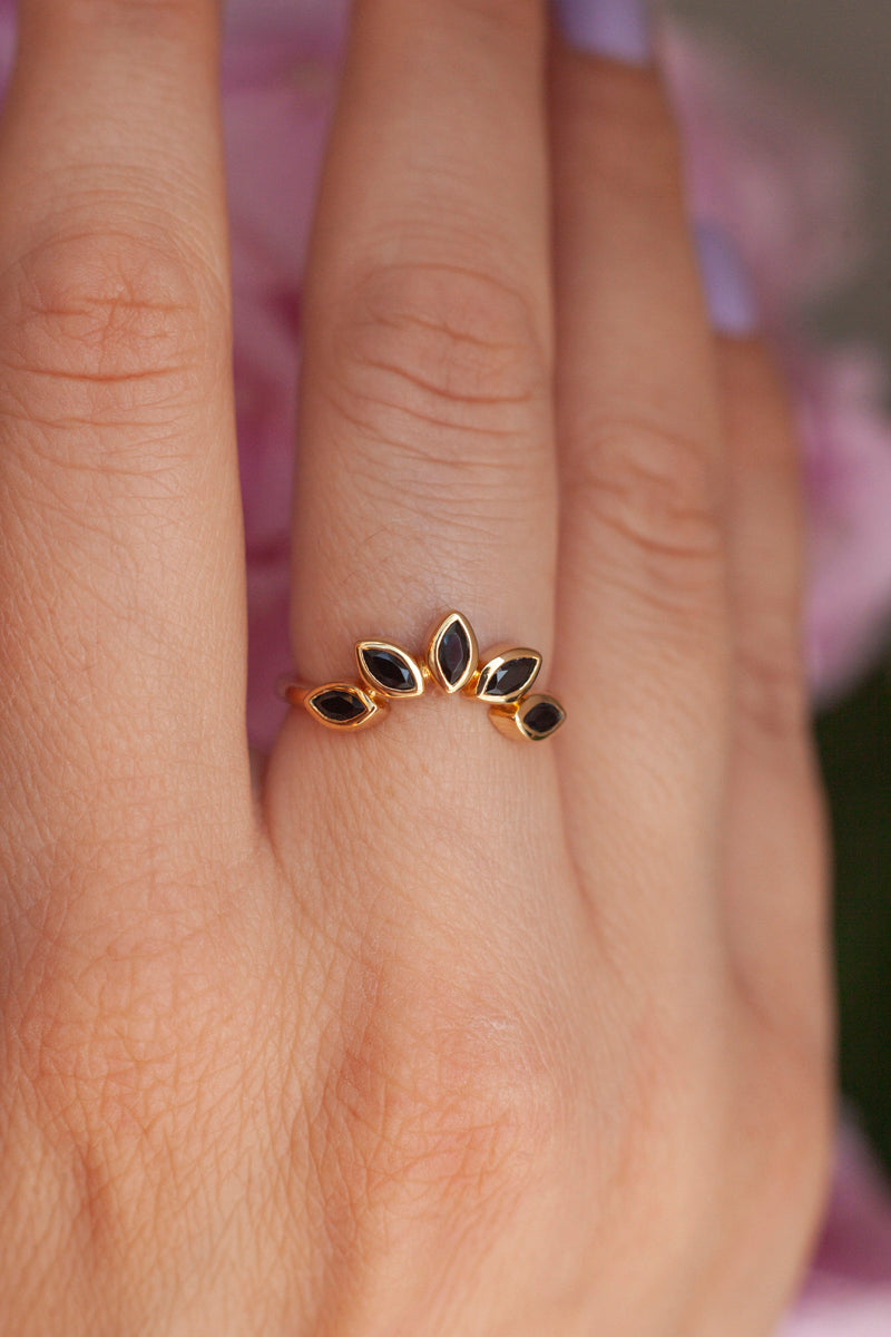Eliza Stackable Marquise Black Spinel Crown Ring