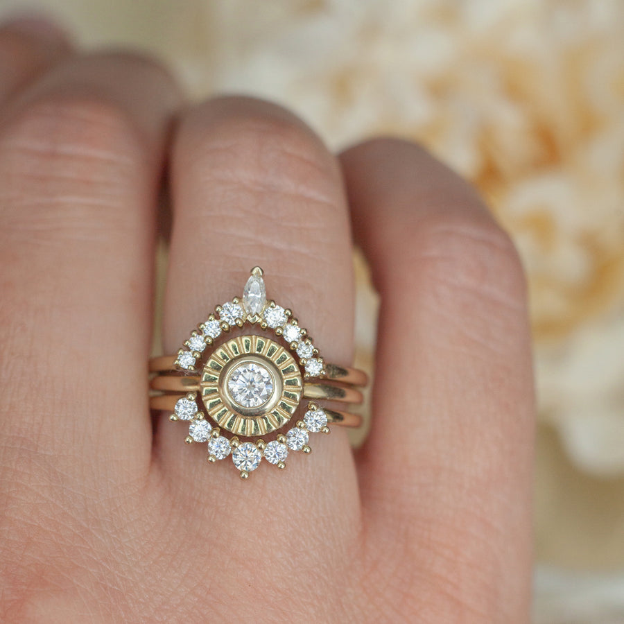Sunset Ring set with Moissanite