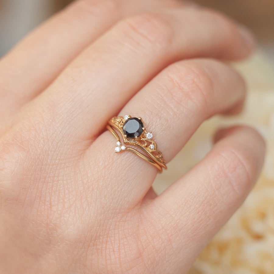 Ivy Vintage Ring set with Black Spinel and Moissanite
