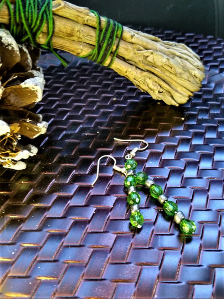 Emerald Green Faceted Drop Earrings with Metallic Accents
