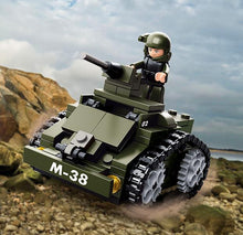 Lade das Bild in den Galerie-Viewer, M38-B0587C - Armoured Car