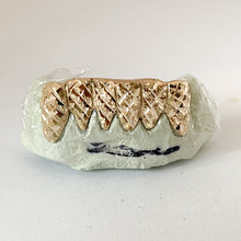 Load image into Gallery viewer, Diamond Dust Cut Grillz