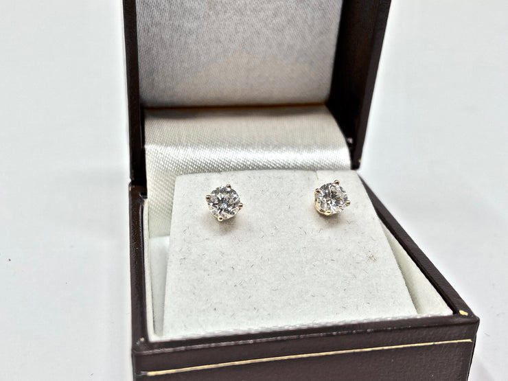 14K GOLD DIAMOND STUDED EARINGS .75 CTW