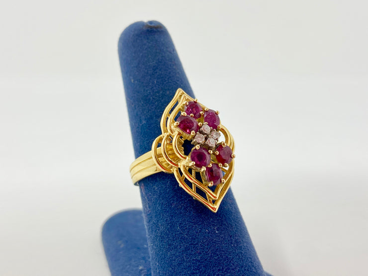 14KT RUBY AND DIAMOND GOLD RING RETRO DESIGN 8 GRAMS TOTAL WEIGHT SIZE 7