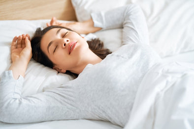 Woman sleeping - The three types of snoring patterns