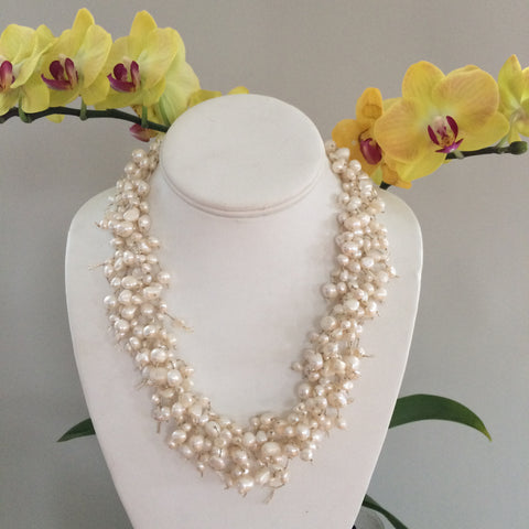 WHITE BRIDAL PEARLS