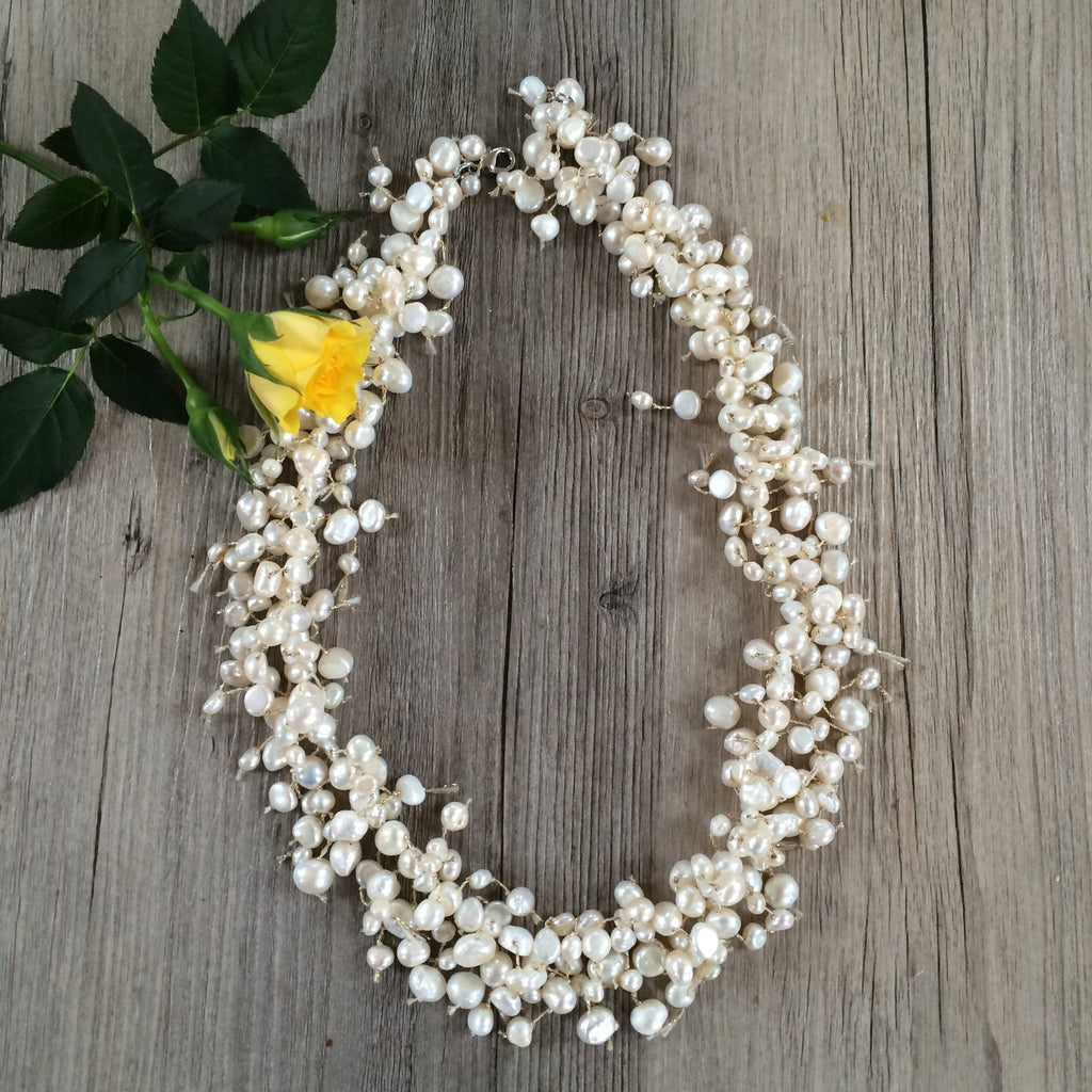Holiday Freshwater Pearl Necklace