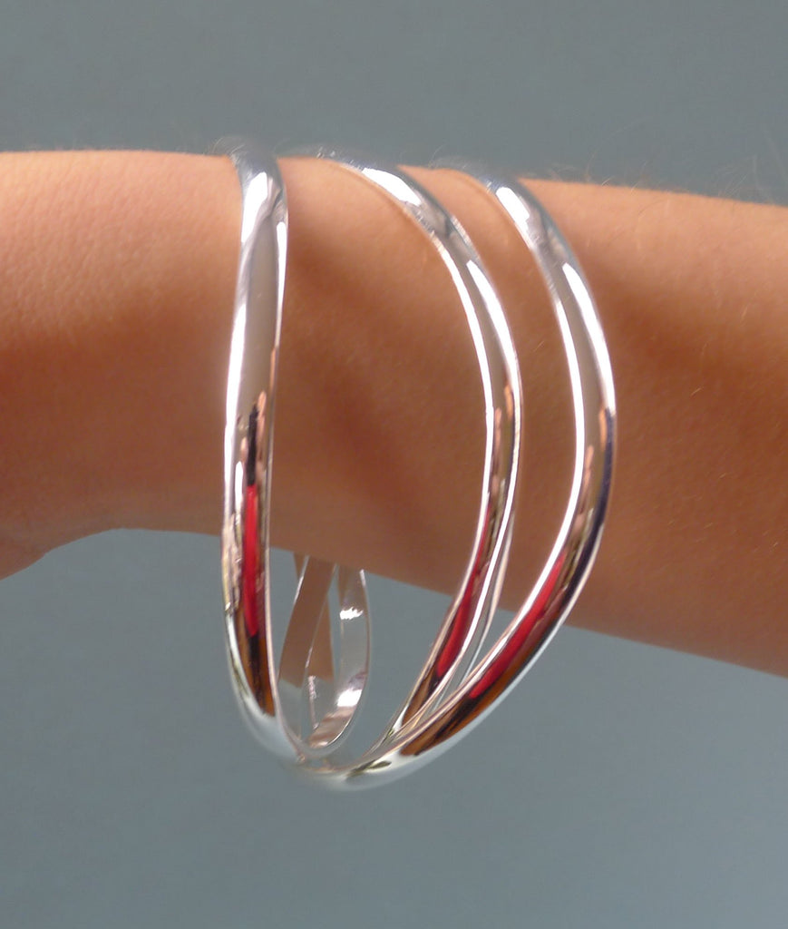 Jazzy Bangle Bracelet - Set of 3 - Interlocking Design