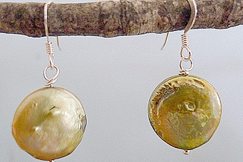 GREEN COIN PEARL EARRINGS