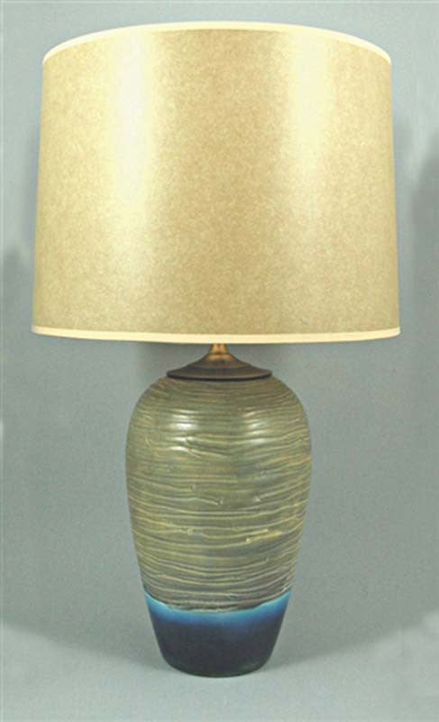 BEACHSTONE TABLE LAMP