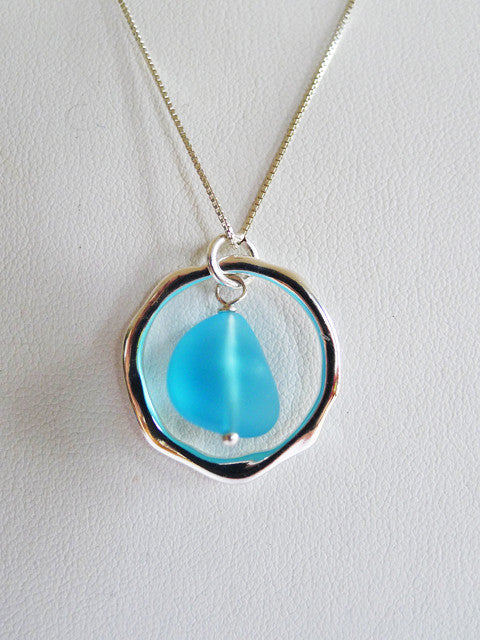 OCEAN WAVES SEAGLASS PENDANT NECKLACE