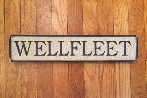 WELLFLEET SIGN