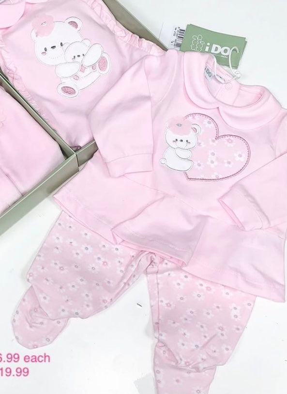 iDO baby girls baby pink two piece with embroidered teddy heart