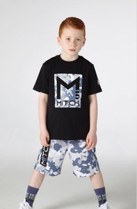 Mitch Logo T-Shirt SS21406 and camouflage shorts
