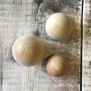 "Ball door handle / wooden drawer knob - 4.3 cm / 1 3/4"" diameter"