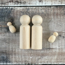 Load image into Gallery viewer, Birch peg doll couple with twins - 9 cm tall adult wooden figures, 3 cm tall babies