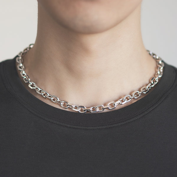 Diamond cut necklace
