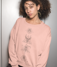 Charger l'image dans la galerie, Bug Lover - Organic & Recycled Relaxed Fit Sweatshirt