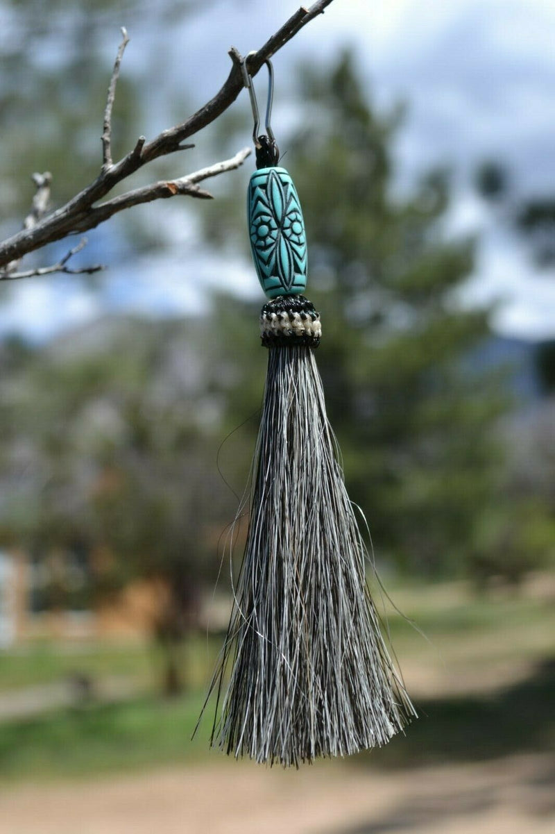 "Close Up View 4 1/2"" total length horsehair zipper pull with spring clip. Handmade horsehair various colors and beading pattern. Grey-Turquoise"