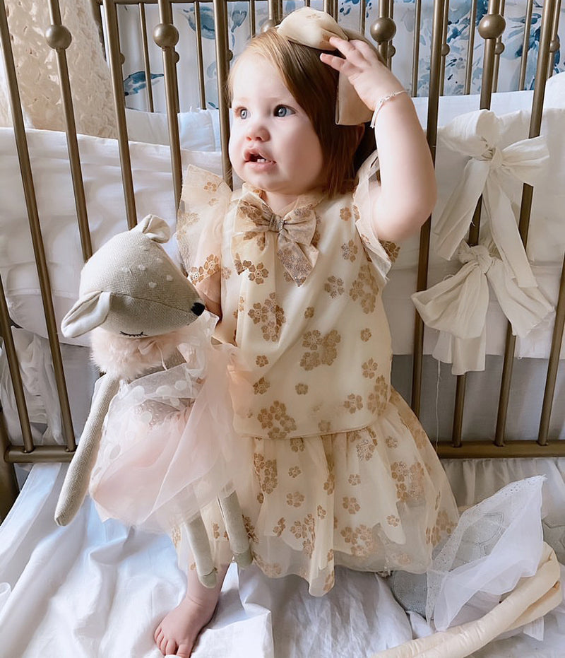 'DAISY' DOE HEIRLOOM DOLL