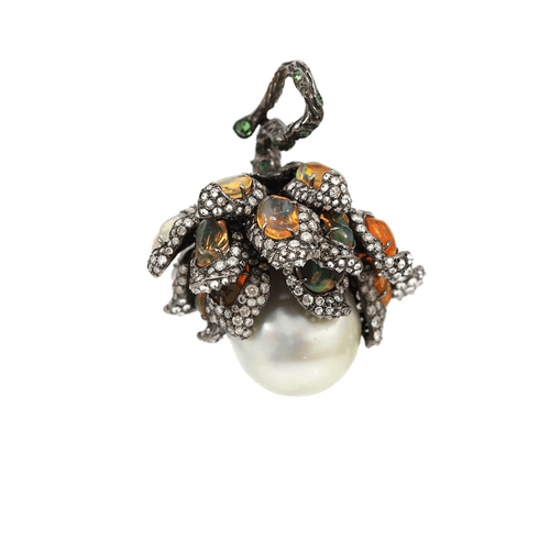 ARUNASHI JEWELRYFINE JEWELPENDANT BLKGOLD South Sea Pearl Wildflower Pendant