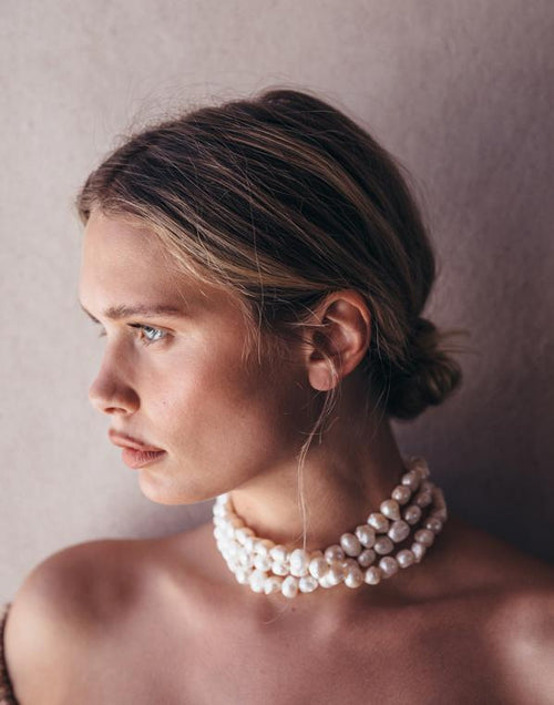 CULT GAIA JEWELRYBOUTIQUENECKLACE O PEARL Nora Choker