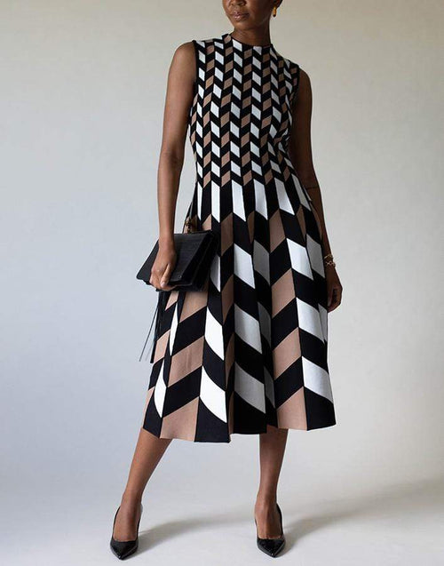 OSCAR DE LA RENTA CLOTHINGDRESSCASUAL BLK/WHT / M Sleeveless Graphic Pleated Midi Dress