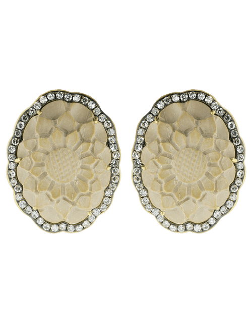 SYLVA & CIE JEWELRYFINE JEWELEARRING YLWGOLD Lava Cameo Flower Stud Earrings