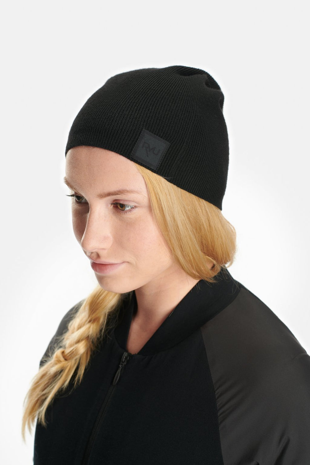 RYU Accessories Slouch Beanie in Black