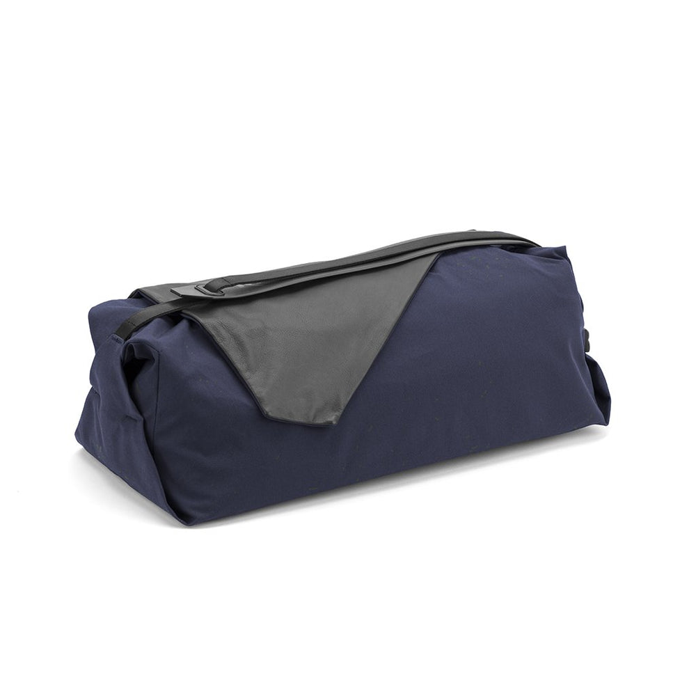 RYU Bags Daily Duffle Lux 18.5L in Blackened Navy