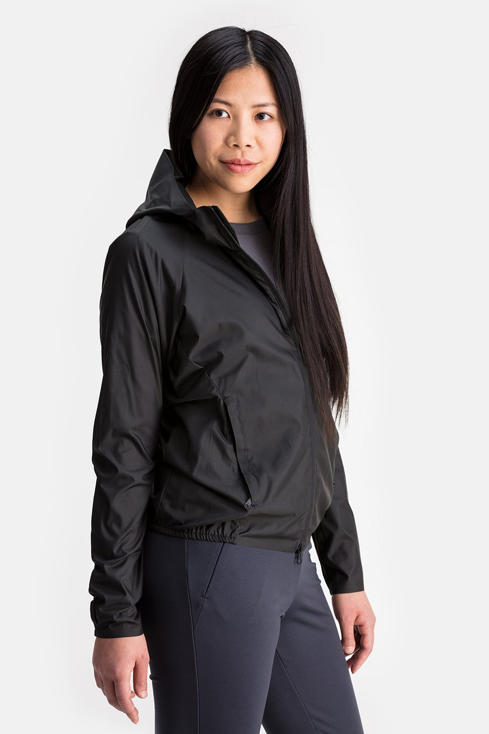 RYU Womens Wind Shell Jacket in Platinum / Sleeve Print