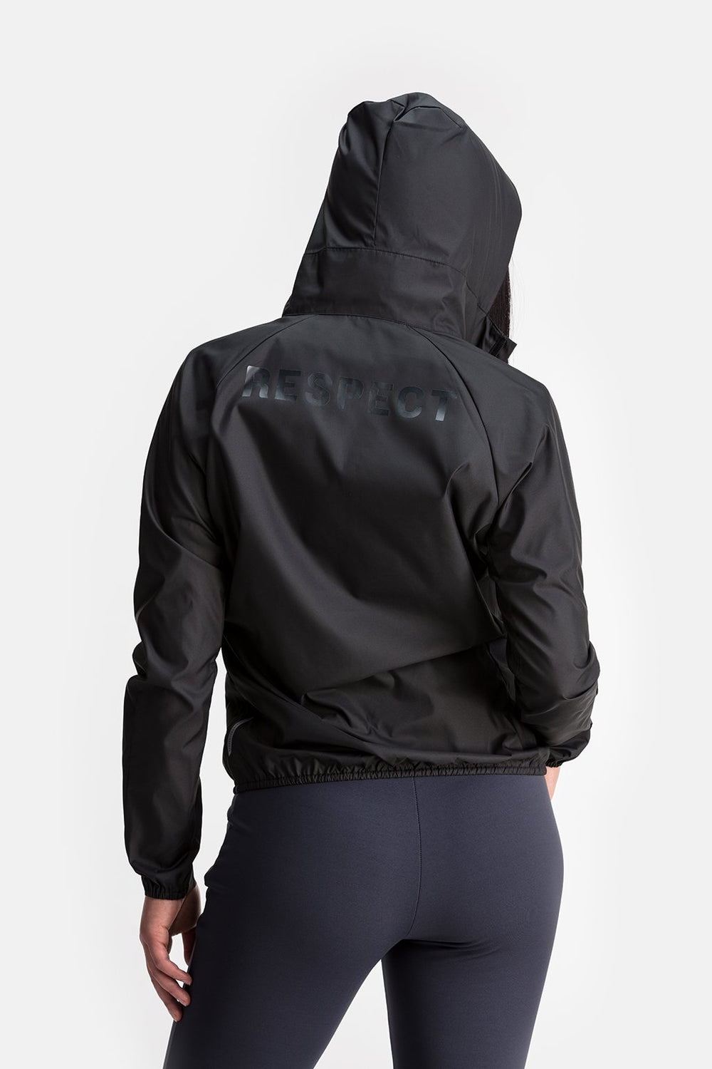 RYU Womens Wind Shell Jacket in Black / Back Print