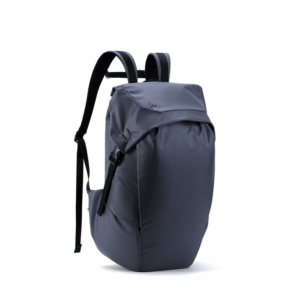RYU Bags Locker Pack 24L in Blackened Navy