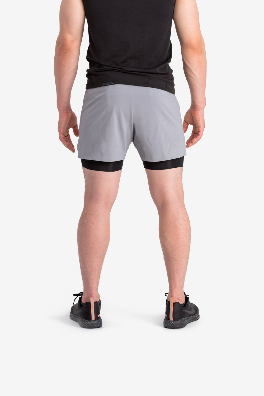 RYU Mens Vector Short in Black