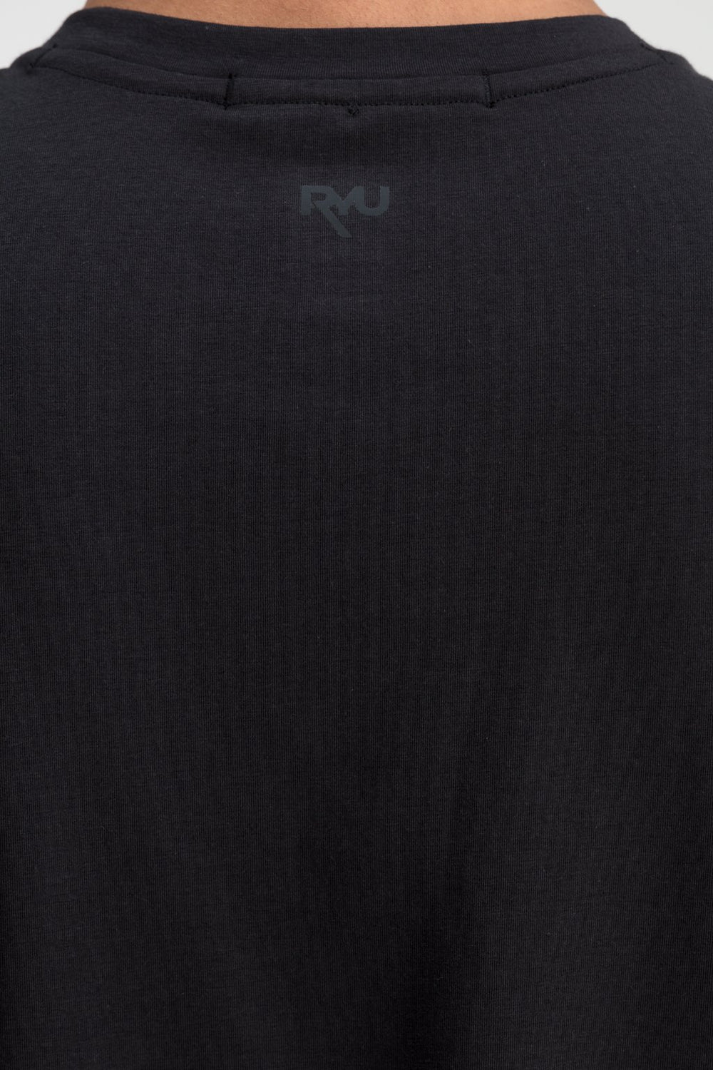 RYU Mens Standard Issue Crew in Raven