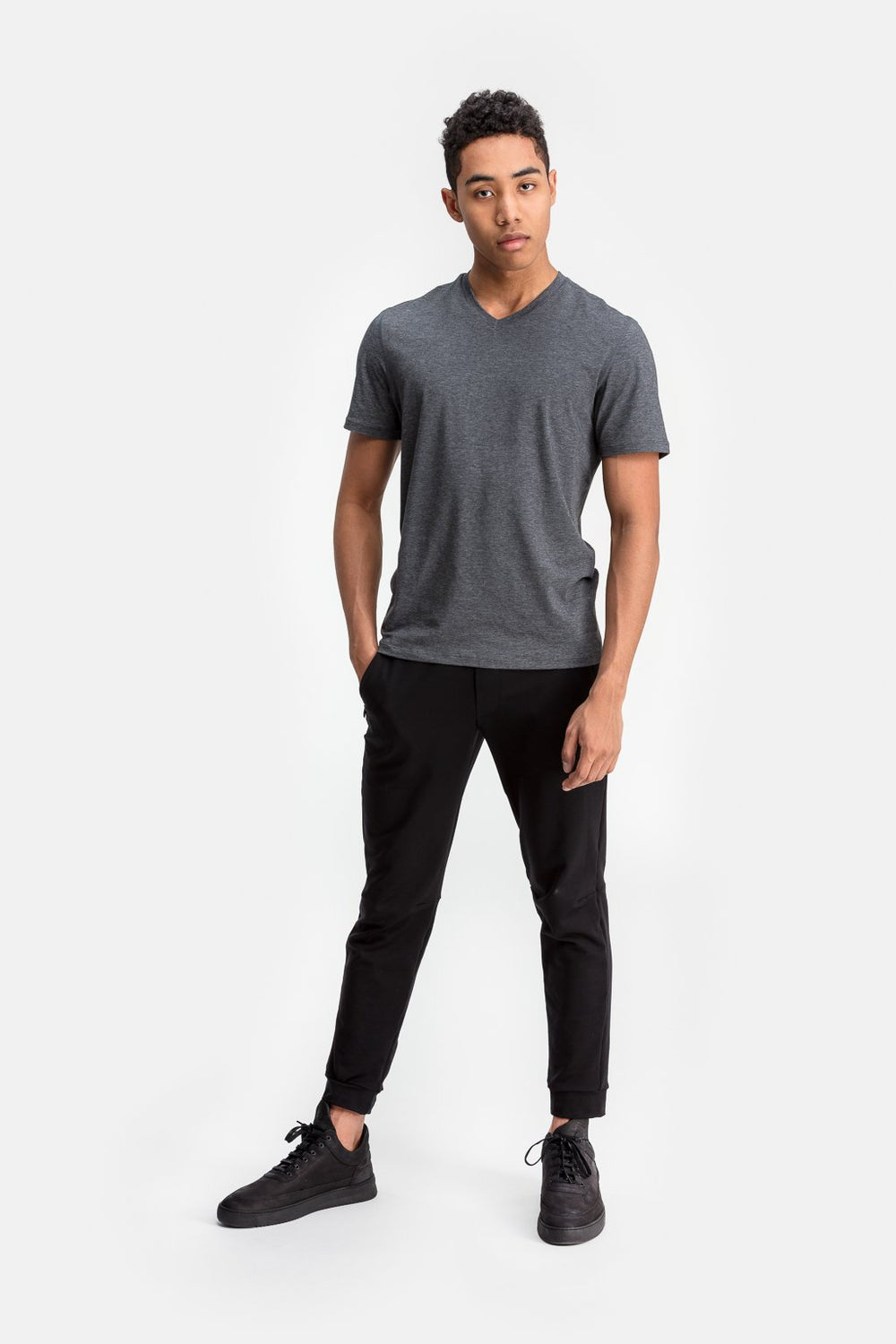 RYU Mens Standard Issue V Neck in Asphalt Heather
