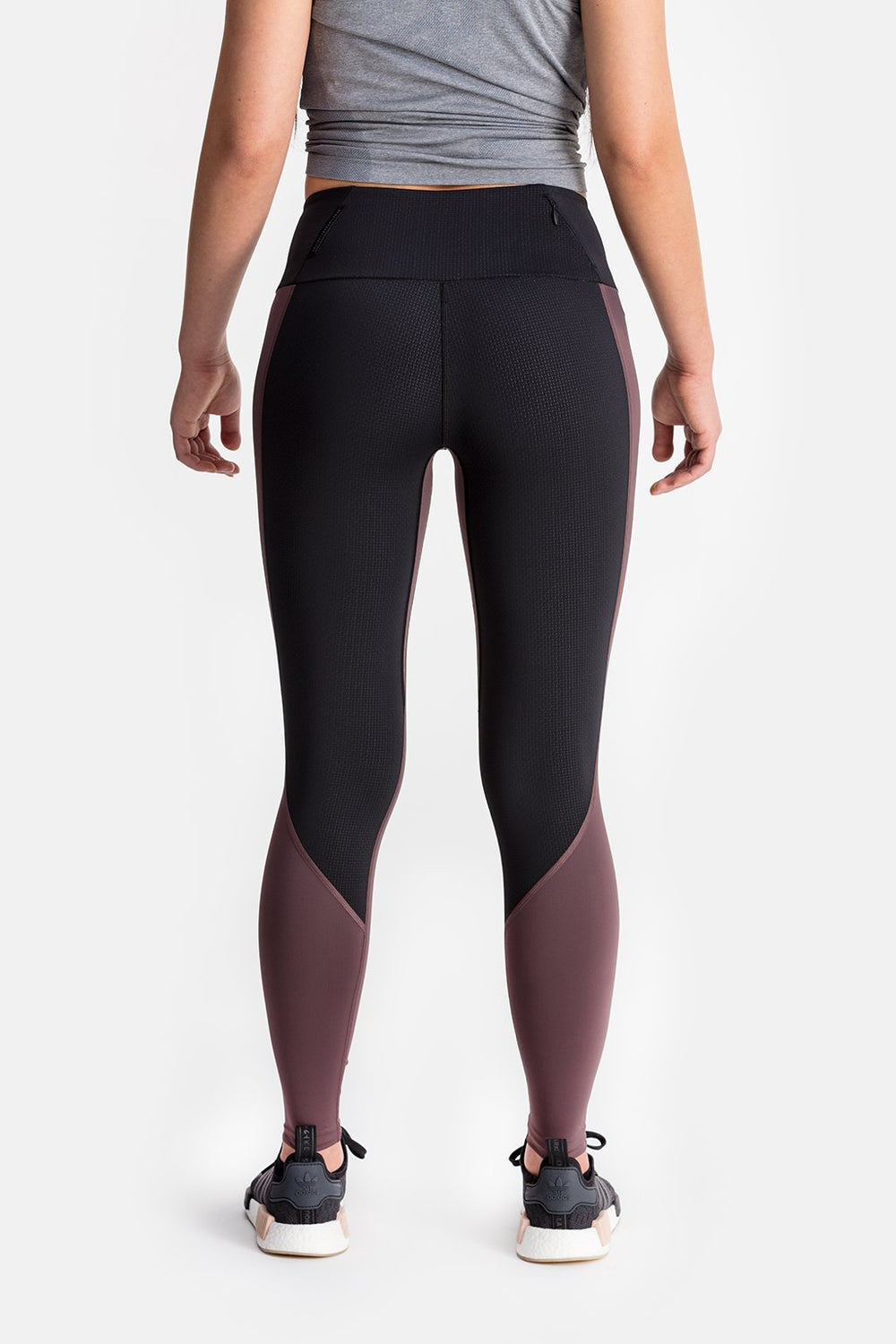 RYU Womens Cardio Tight in Raisin/Black