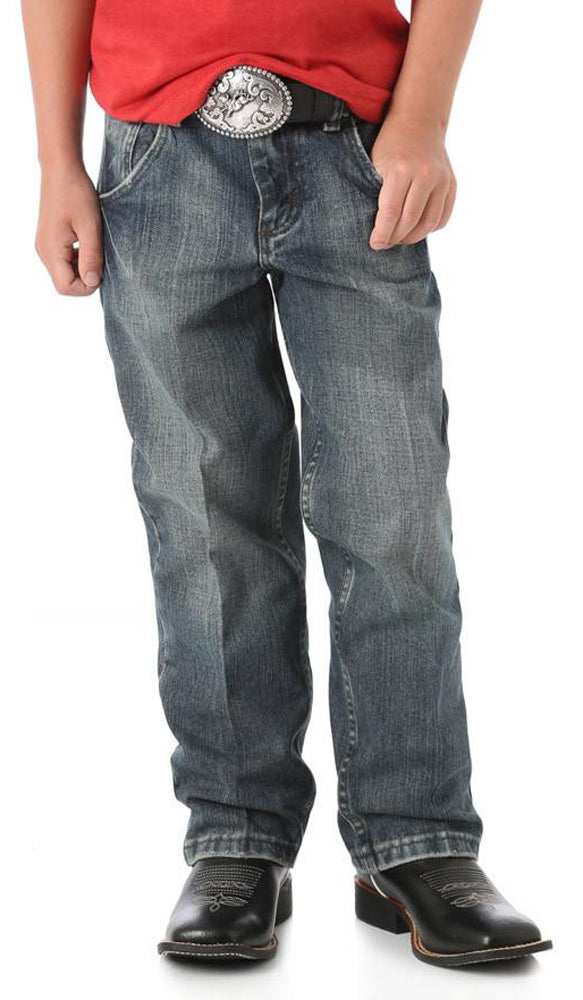 Boys' Wrangler Relaxed Fit 20X Husky 8-18 Jean in Vintage Midnight from the front