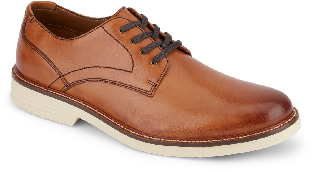Dockers Footwear Men's Parkway Casual Oxford Shoe in Butterscotch Side Angle View