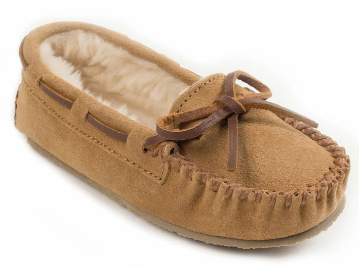 Cassie Slipper in Cinnamon from 3/4 Angle View