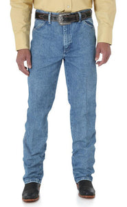 Men's Wrangler Cowboy Cut Jean Slim Fit in Antique Wash from the front