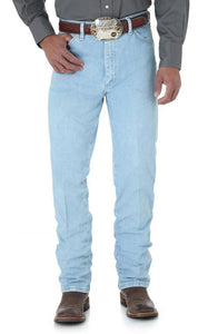 Men's Wrangler Cowboy Cut Jean Slim Fit in Bleach from the front